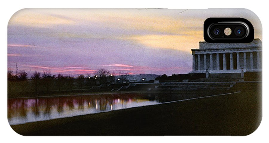 Twilight IPhone X / XS Case featuring the photograph A View Of The Lincoln Memorial by Charles Martin