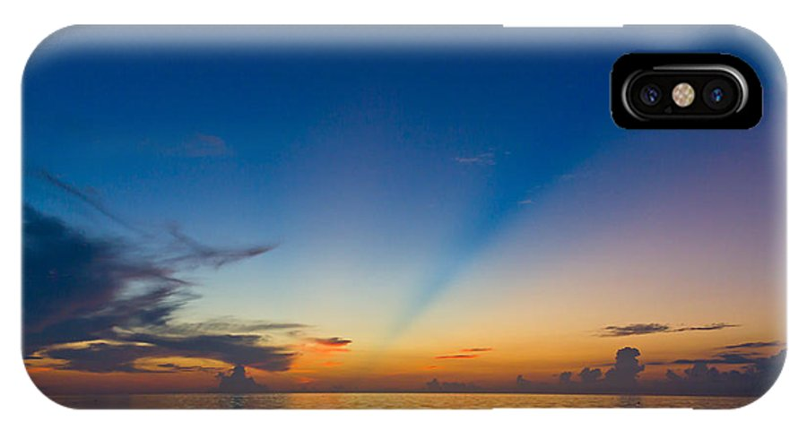Anticrepuscular Rays IPhone X Case featuring the photograph Anticrepuscular Rays by Jen TenBarge