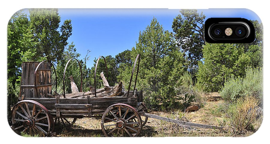 Covered Wagon IPhone X Case featuring the photograph Arizona Wagon by David Arment