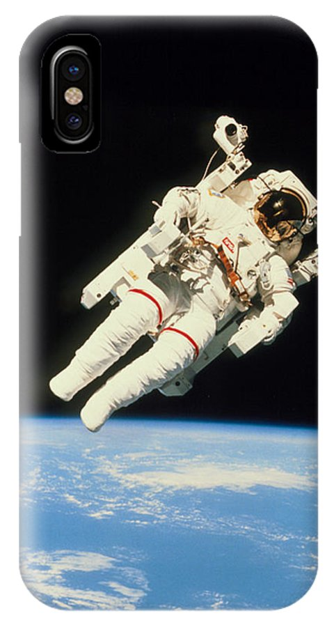 Sky Spaceship Astronaut Phone Case