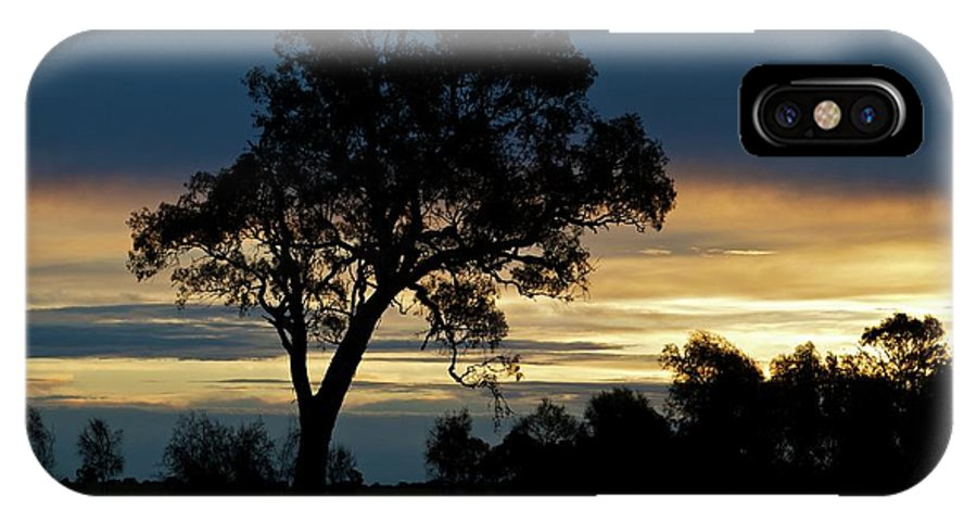 Silhouette IPhone X Case featuring the photograph Aussie Silhouette by Chris Anthony