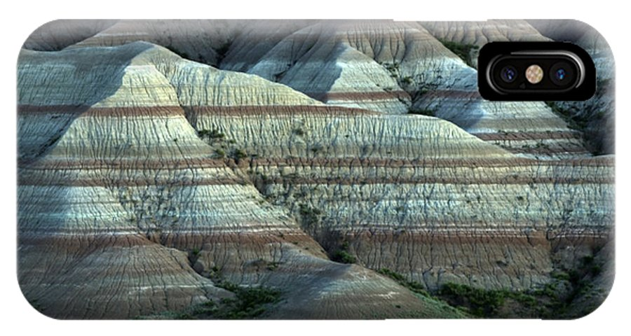 Badlands IPhone X Case featuring the photograph Badlands Splendor by Bob Christopher