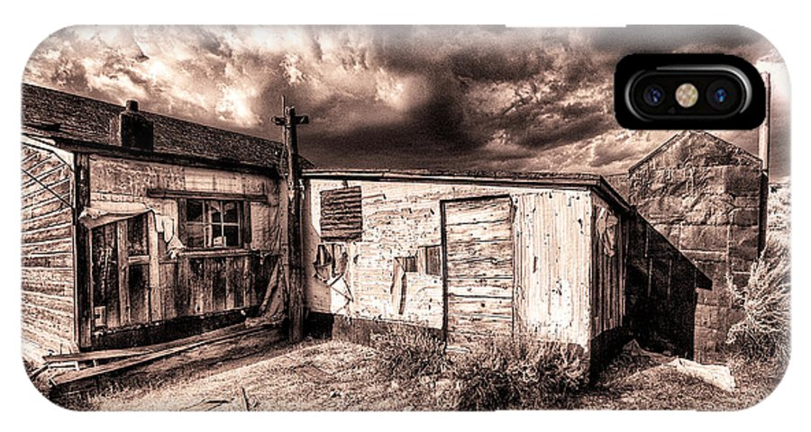 Old Cabin IPhone X Case featuring the photograph Big Wind by Dominic Piperata