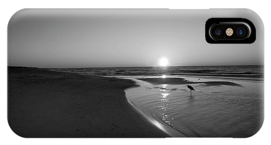 Alabama Photographer IPhone X Case featuring the digital art Bw Sunrise With Heron In Pond by Michael Thomas