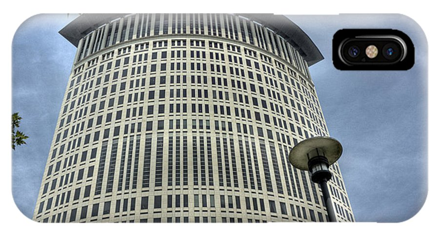 Cleveland Ohio IPhone X Case featuring the photograph Carl B. Stokes Tower by David Bearden