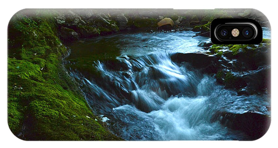 Cascades IPhone X Case featuring the photograph Cascades Before The Falls by Wendell Ducharme Jr