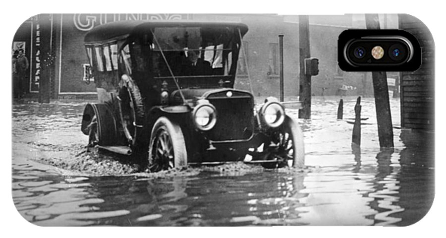 1913 IPhone X Case featuring the photograph Cleveland: Flood, C1913 by Granger