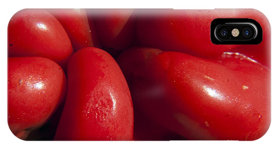 Pepper IPhone X Case featuring the photograph Crunchy Red Pepper by Darleen Stry