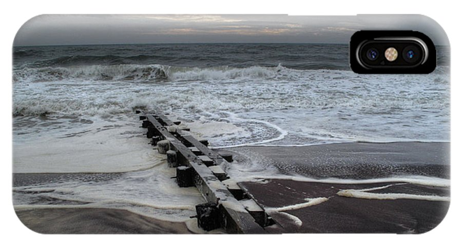 Long Island IPhone X / XS Case featuring the photograph Dune Beach Winter by Steve Gravano