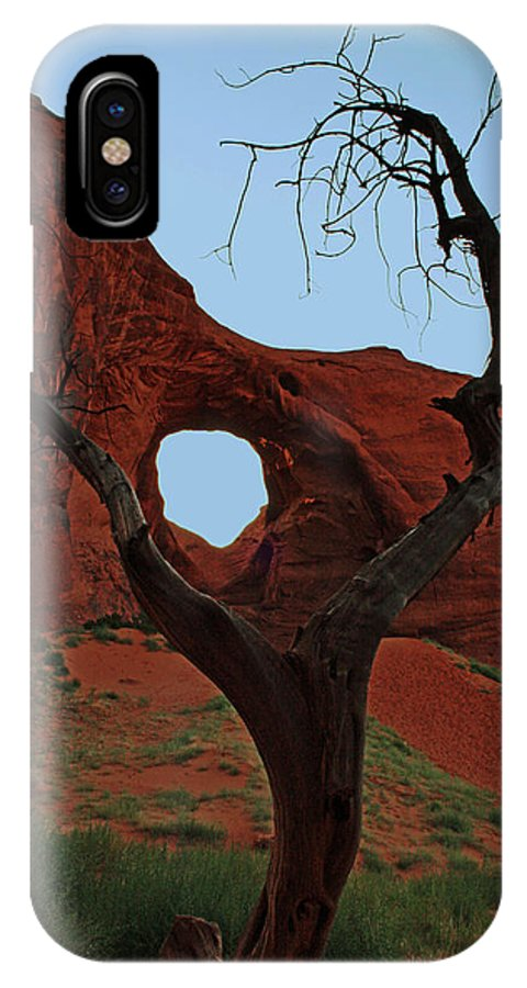 Monument Valley IPhone X Case featuring the photograph Ear Of The Wind by David Pringle