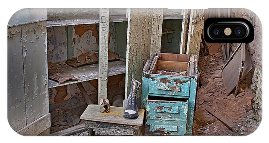 Eastern State Penitentiary Prison Cell View Philadelphia IPhone X Case featuring the photograph Esp View Two by Alice Gipson