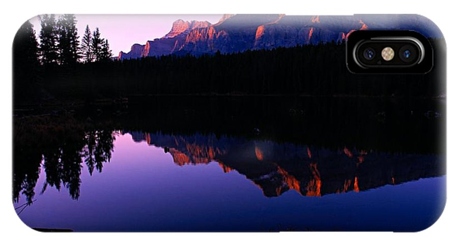Mount Rundle IPhone X Case featuring the photograph First Light On Mount Rundle by Larry Ricker