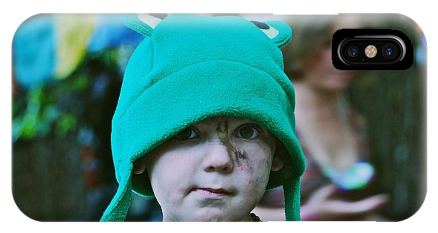 Frog Hat IPhone X Case featuring the photograph Frog Hat by Eric Tressler