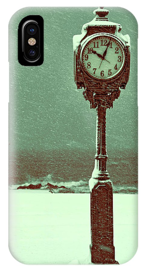 Pedestal Clock IPhone X Case featuring the photograph Frozen In Time by S Paul Sahm