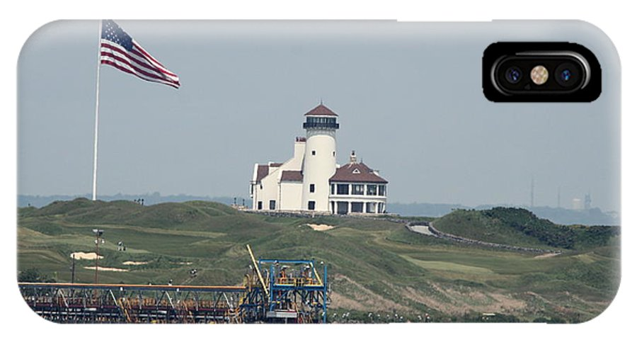 Hudson IPhone X / XS Case featuring the photograph Golf At The Hudson by Christiane Schulze Art And Photography