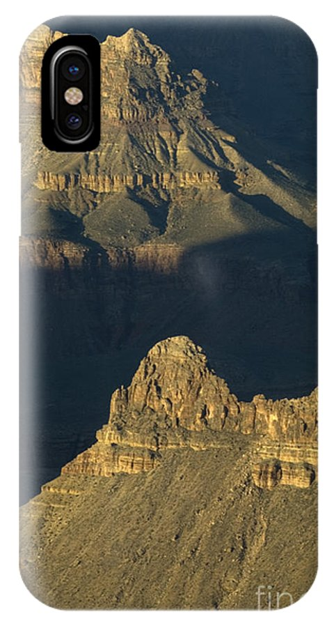 Grand Canyon IPhone X Case featuring the photograph Grand Canyon Vignette 2 by Bob Christopher