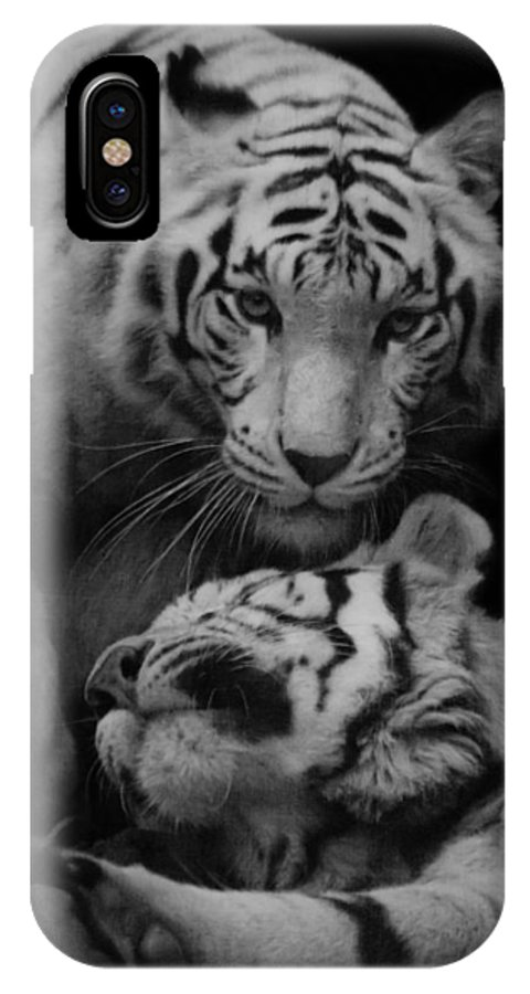 Exotic IPhone X / XS Case featuring the photograph Help by Ray Shiu