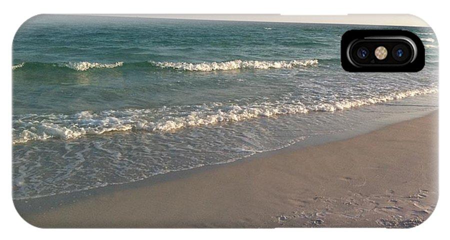 Beach IPhone X Case featuring the photograph Horizon by Gwen Baptiste
