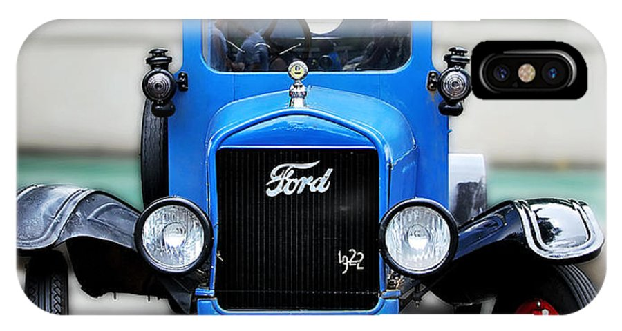 Photography IPhone X Case featuring the photograph I'm Cute - 1922 Model T Ford by Kaye Menner