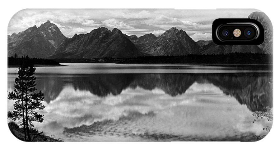 Yellowstone IPhone X Case featuring the photograph Jackson Lake Wyoming by Bonfire Photography