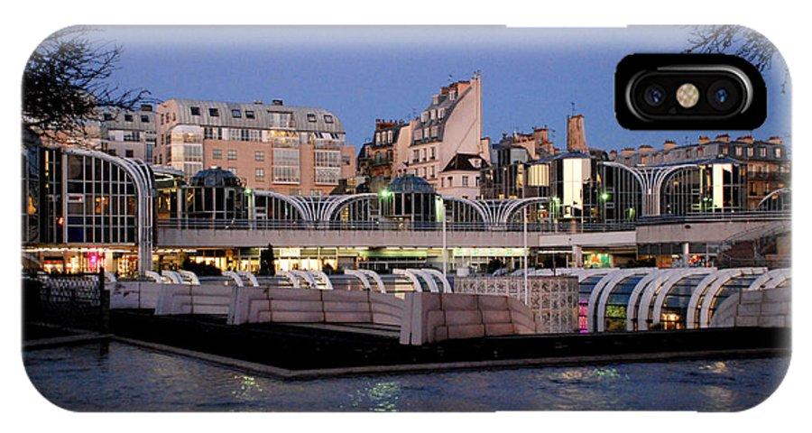 Les Halles IPhone X Case featuring the photograph Les Halles In Paris by Perry Van Munster