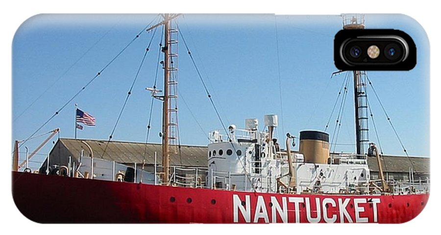 Lightship IPhone X Case featuring the photograph Lightship Nantucket by Lin Grosvenor