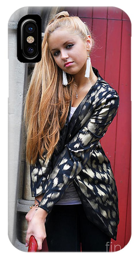 Yhun Suarez IPhone X Case featuring the photograph Liuda15 by Yhun Suarez