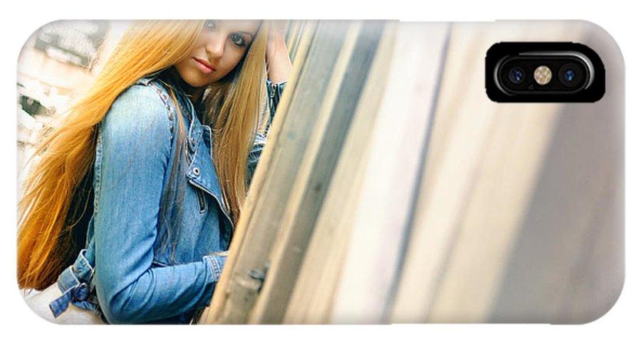 Yhun Suarez IPhone X Case featuring the photograph Liuda5 by Yhun Suarez