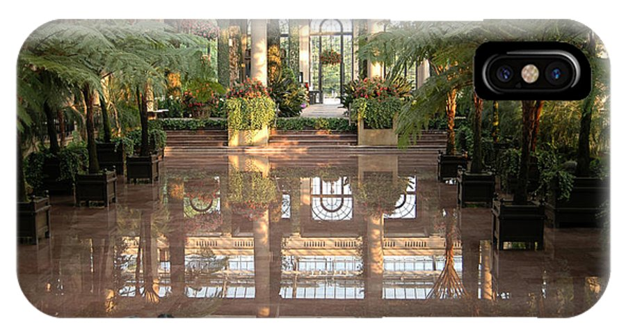 Indoor Garden Botanical Longwood Reflection Mirror Architecture IPhone X Case featuring the photograph Longwood Gardens by Vilas Malankar