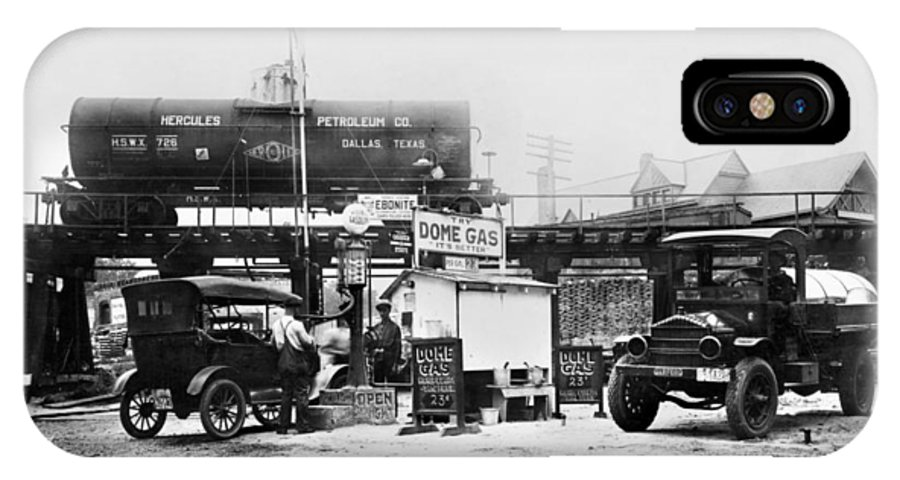 1921 IPhone X Case featuring the photograph Maryland: Gas Station, C1921 by Granger