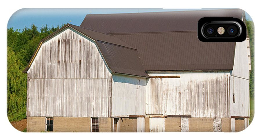 Barn IPhone X Case featuring the photograph Off Akron Road by Guy Whiteley