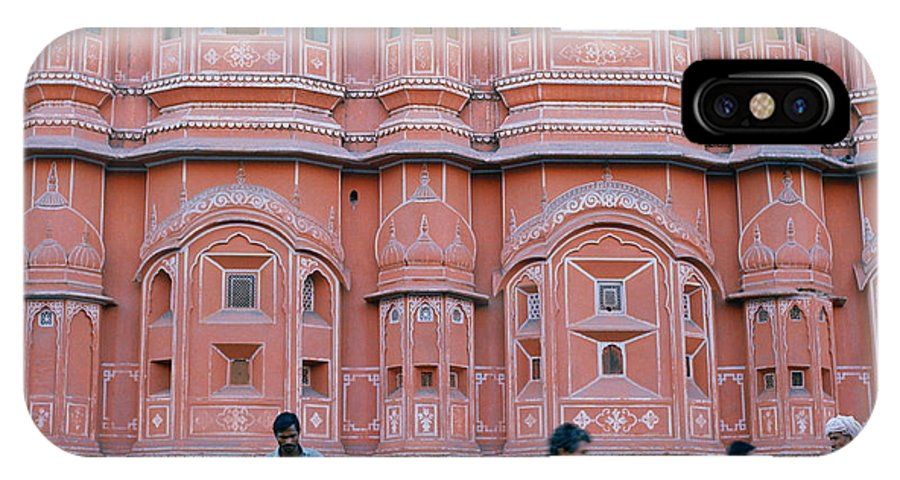 Palace Of The Winds IPhone X Case featuring the photograph Palace Of The Winds In Jaipur by Shaun Higson