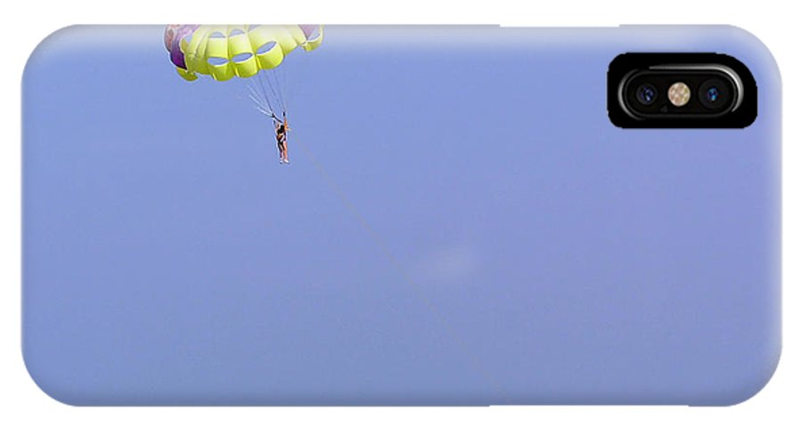 Para-sailing IPhone X Case featuring the photograph Parasailing Over The Green Water Of The Arabian Sea In The Lakshadweep Islands by Ashish Agarwal