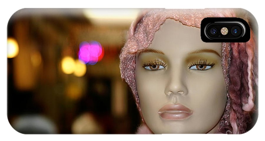Ventura IPhone X Case featuring the photograph Shopping Girl by Henrik Lehnerer