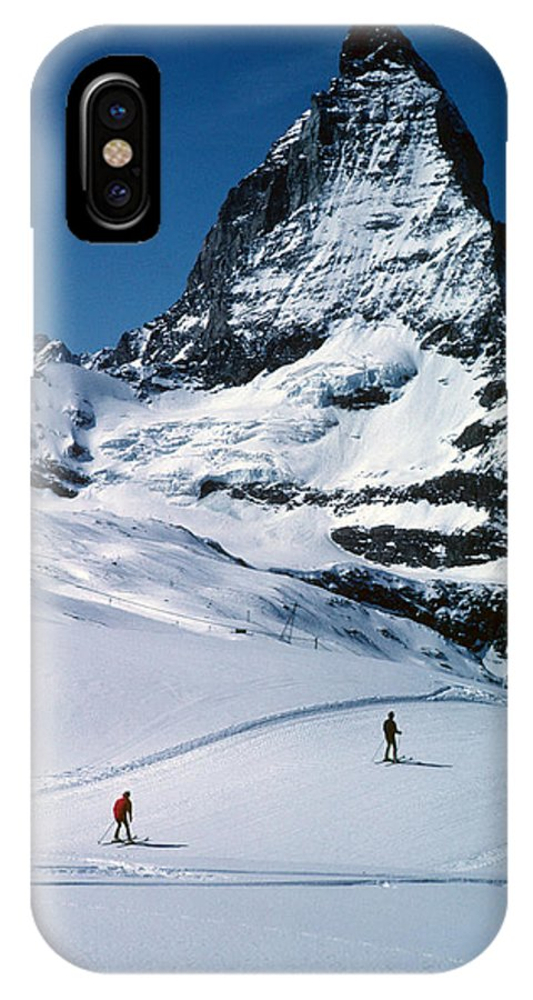 Awesome IPhone X Case featuring the photograph Skiers At The Matterhorn by Carl Purcell