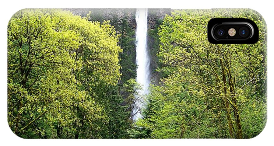 Multnomah Falls IPhone X Case featuring the photograph Summer At Multnomah Falls by Charles Robinson