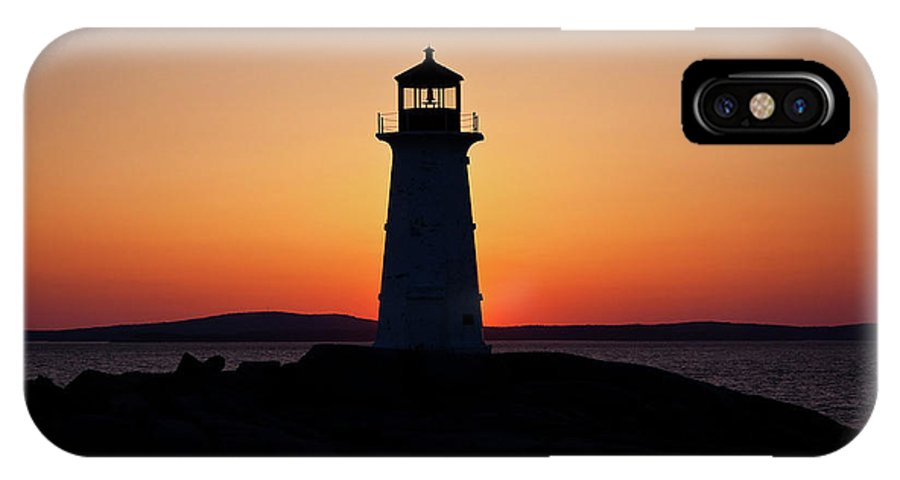 Lighthouse IPhone X Case featuring the photograph Sunset At Peggy's Cove by Bill Lindsay