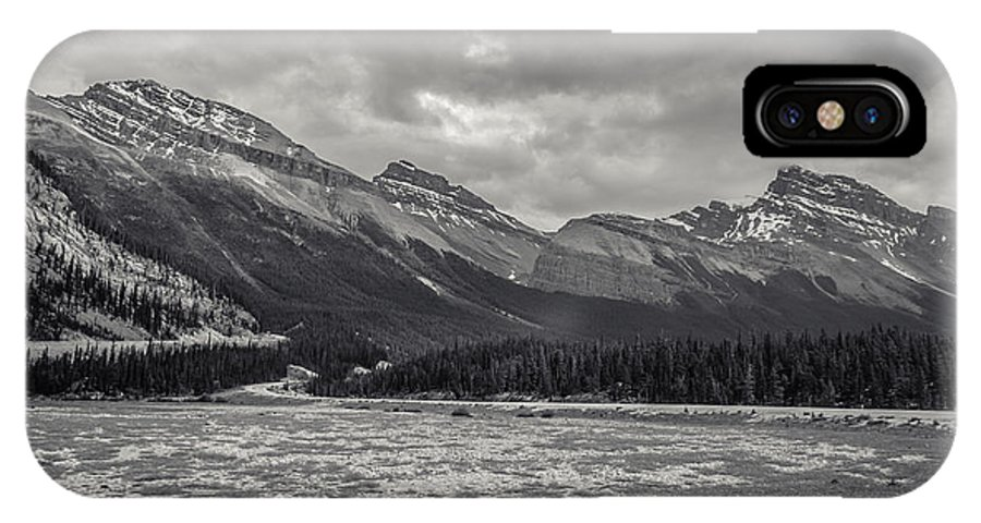 Banff IPhone X Case featuring the photograph The Valley by Jairo Leiva