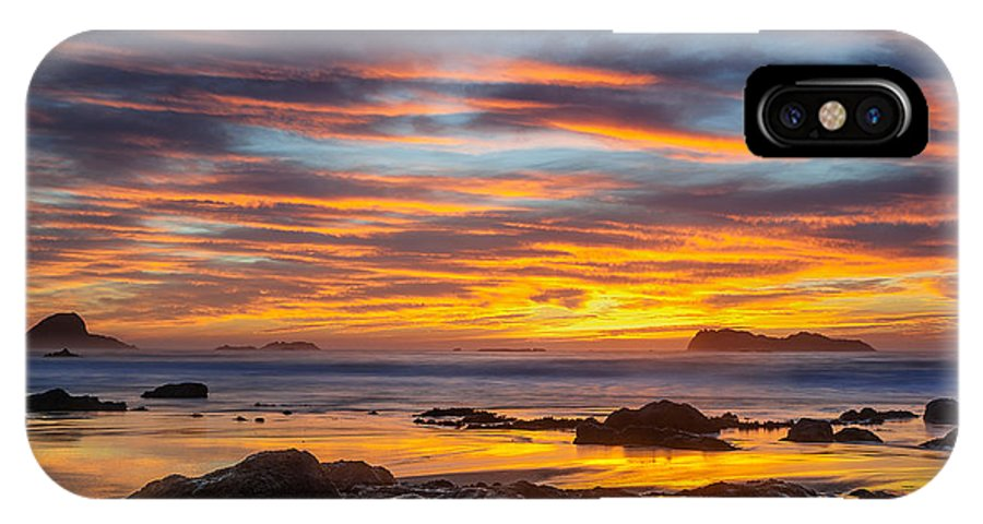 Trinidad State Beach IPhone X Case featuring the photograph Trinidad Dusk by Greg Nyquist
