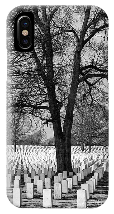 Dayton National Cemetery IPhone X / XS Case featuring the photograph Warmth Under The Snow by David Bearden