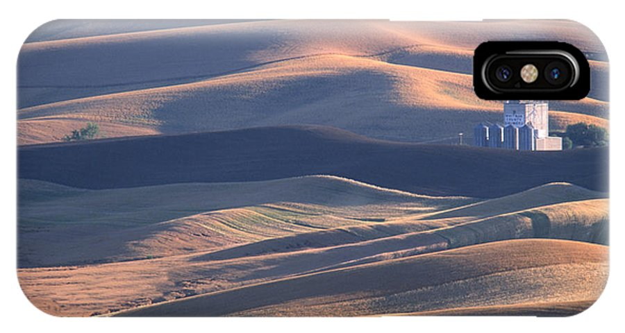 Palouse IPhone X Case featuring the photograph Whitman County Granary At Sunset by Sandra Bronstein