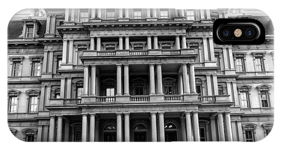 Washington Dc IPhone X / XS Case featuring the photograph Old Executive Office Building Bw by Christopher Duncan