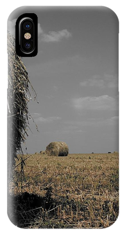 Color Desaturation IPhone X Case featuring the photograph Bale by Dylan Punke