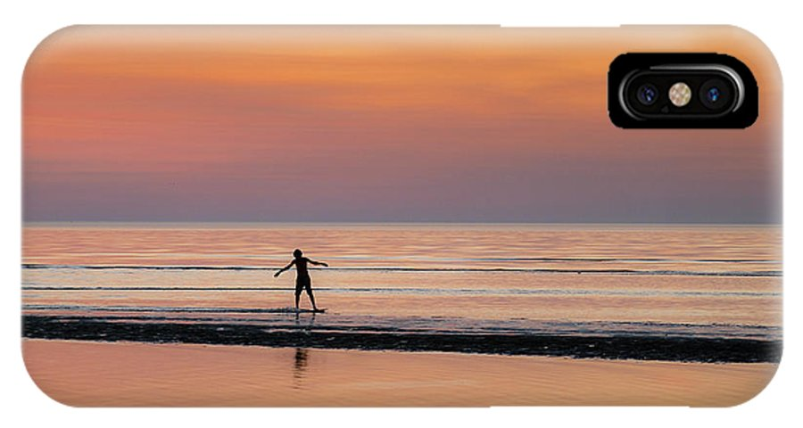 Cape Cod IPhone X Case featuring the photograph Boogie Boarding by John Greim