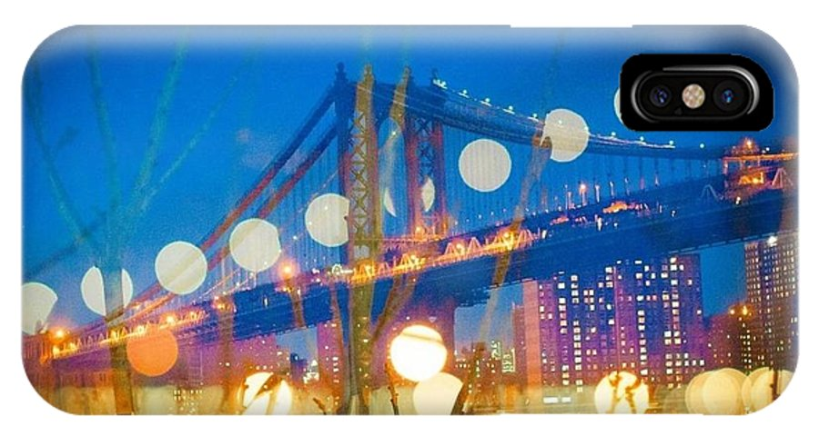 IPhone X Case featuring the photograph Brooklyn Bridge by Wenna Pang