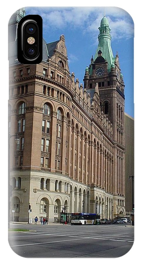 Milwaukee IPhone X / XS Case featuring the photograph City Hall And Lamp Post by Anita Burgermeister