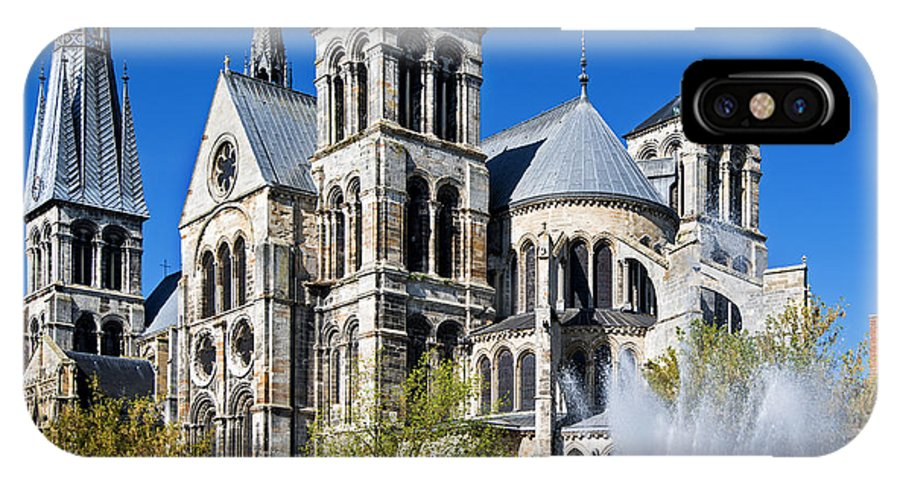 Eglise Notre-dame-en-vaux IPhone X Case featuring the photograph Eglise Notre - Dame En Vaux by Yefim Bam