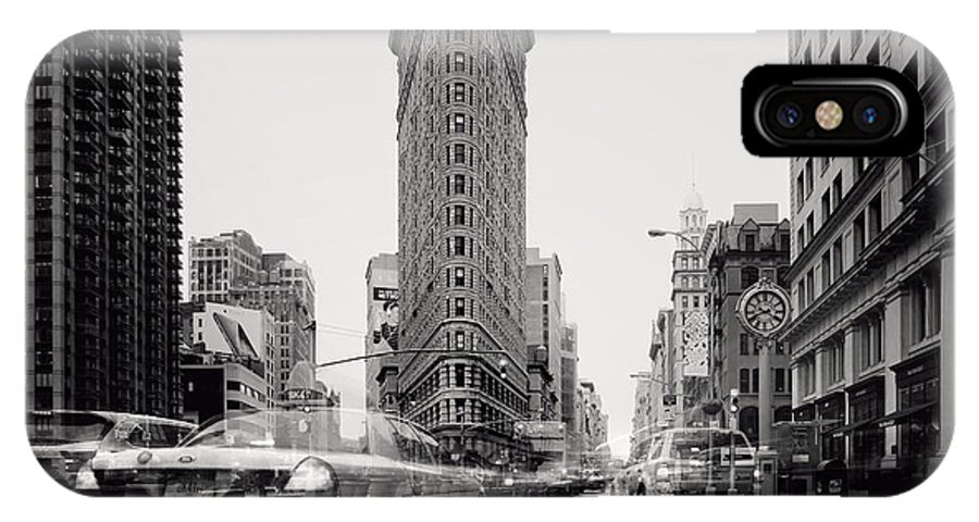 Nyc IPhone X Case featuring the photograph Nyc Flat Iron by Nina Papiorek