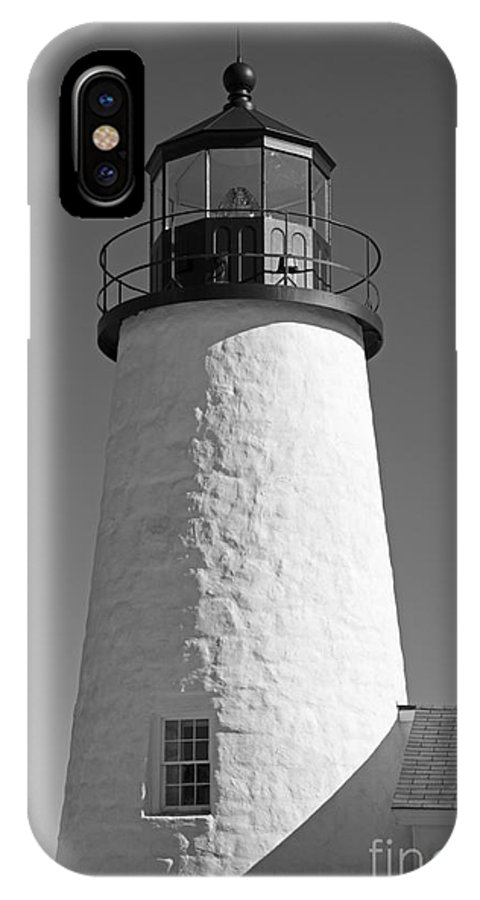 Pemaquid Point Lighthouse IPhone X Case featuring the photograph Pemaquid Point Lighthouse by Alana Ranney