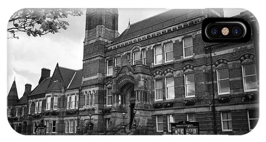 St Helens IPhone X / XS Case featuring the photograph St Helens Town Hall Uk by Joe Fox